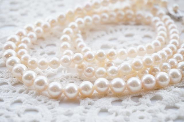 真珠のアクセサリーのイメージ画像