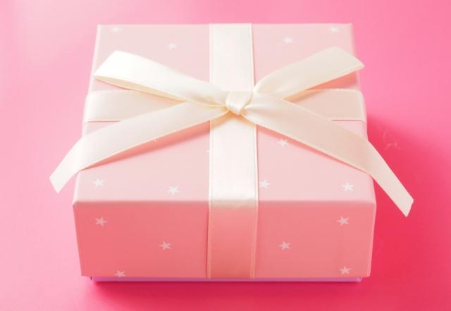 女性へのプレゼントのイメージ画像