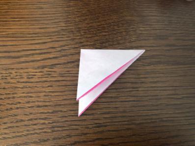 桃の花を折り紙の手順3