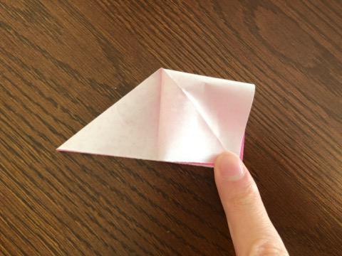 桃の花を折り紙の手順4