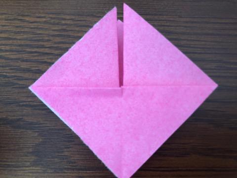 桃の花を折り紙の手順7