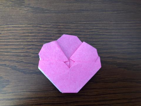 桃の花を折り紙の手順12