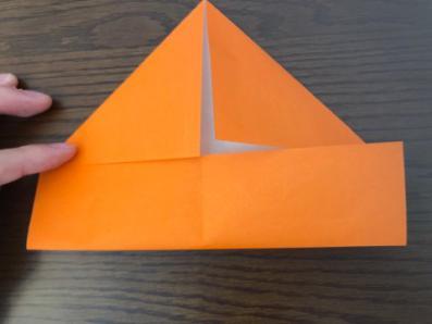 折り紙でリースの壁飾りを作る手順3