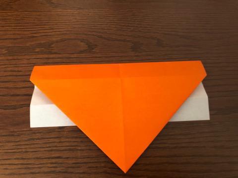 折り紙でリースの壁飾りを作る手順8