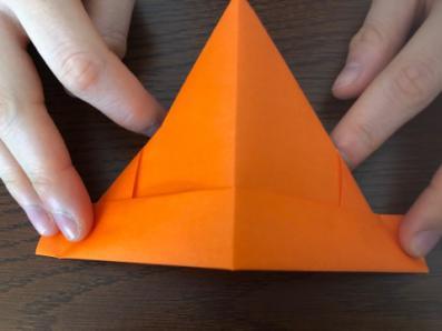 折り紙でリースの壁飾りを作る手順13