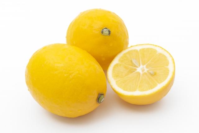 カットしたレモンのイメージ画像